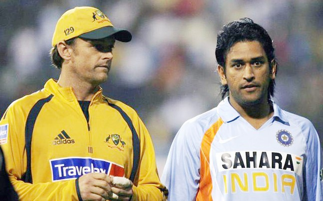Ms dhoni gilchrist