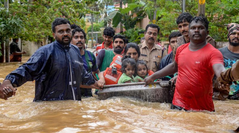 Alappuzha, Floods, Heavy Floods, Heavy Rains, Idukki, Idukki Dam, Kerala, Kerala Flood, Kerala Floods, Kerala Heavy Floods, Kerala Heavy Rains, Kerala Monsoon, Kerala Rains, Monsoon, Mullai Periyar Dam, Mullaperiyar Dam, Rains, Thiruvanthapuram, Trissur, Kerala Flood Deaths, Flood Deaths, Kochi, Kollam, Kottayam, Kochi Airport