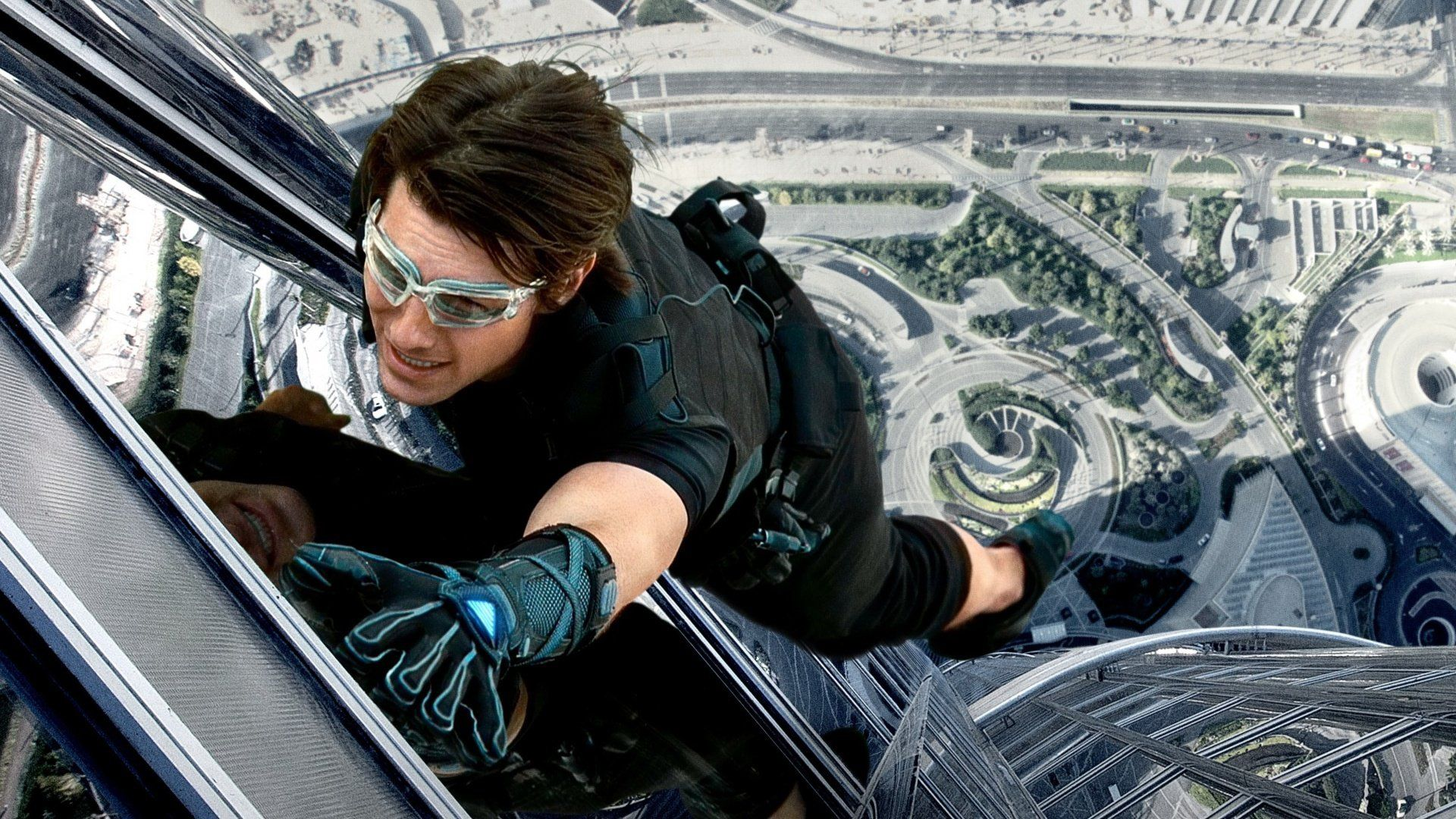 tom cruise, tom cruise stunts, mission impossible