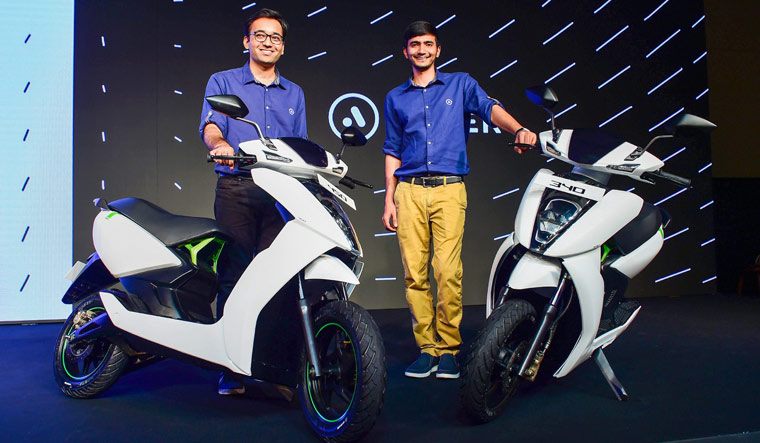 Ather 340, Ather 450, Smart Scooter, First Smart Scooter, Smart Scooter Ather 340, Smart Scooter Ather, Ather, Ather Specification, Ather 340 Specification, Ather 340 Price, Ather Price,