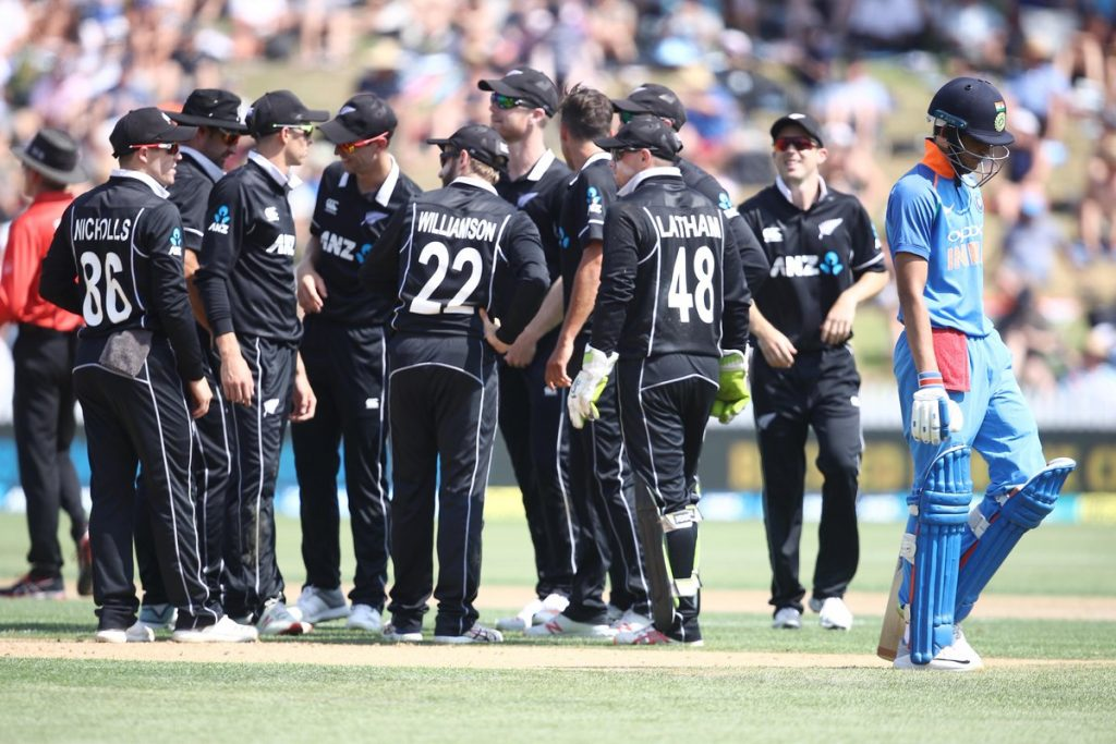 1st odi live scores update, chalal, ind vs new zealand odi live scores, india vs new zealand, india vs new zealand 4th ODI, india Vs new zealand ODI, indian cricket team, kane willamson, msshoni, new zealand team, Shubmann Gill, virat kholi, india